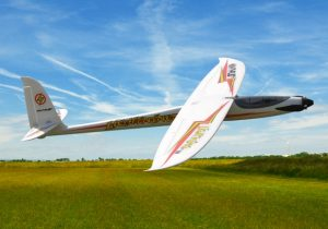Max Thrust Lightening radio controlled glider in flight
